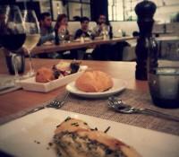#cenandocon Isabel Llinás: milhojas de calabacín y croquetas de jamón ibérico